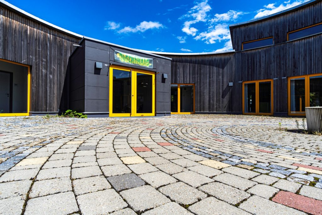 Jugendhaus Foto Large